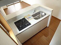 レジス立川曙町の幅のある料理しやすいキッチンです