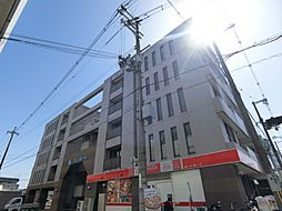 グローバル小柳[2階]の外観