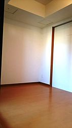 リーガル四ツ橋立売堀IIの洋室