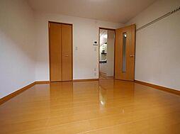 アムール元木(角部屋、広々収納付き)[205(角部屋)号室]の外観
