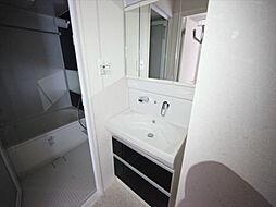 トンシェトアの脱衣所 独立洗面台(シャンプードレッサー)洗濯機用意できます