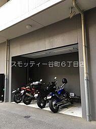 バイク置き場 : 3、000円(税別)/月 敷金:3、240円 空確認要