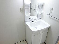 カサベルデUの洗髪洗面化粧台