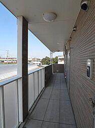 グランドライフA棟[2階]の外観