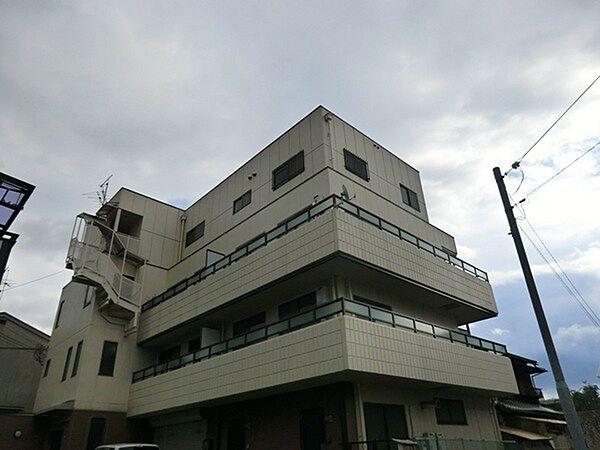 アーバンハイツ[3階]の外観