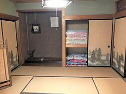趣ある安らぎ空間。来訪時や家事スペースとしても重宝します