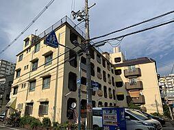 マンションα[1階]の外観