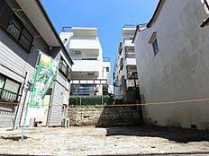 「駒込」「巣鴨」が生活圏です。駅近3分の立地ながら周辺は閑静な住宅街です。是非現地をご確認ください。