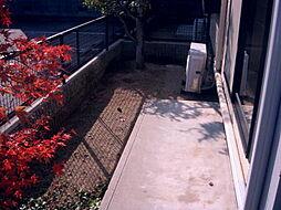 フローリッシュタウンB棟[1階]の外観