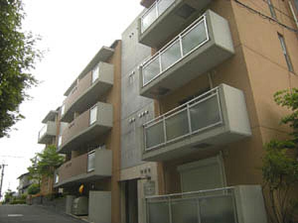 ヒルコート鳥見 3階の賃貸【奈良県 / 奈良市】