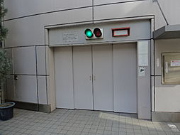 21心斎橋ビル駐車場