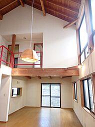 LDKはゆったり約25帖。家具を配置しやすい長方形型です。