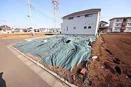 ・更地のため即渡し可能 ・北東角地 ・豊田駅 徒歩11分