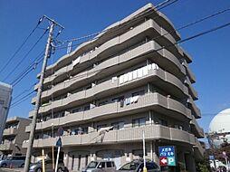 東京都世田谷区千歳台5の賃貸マンションの外観