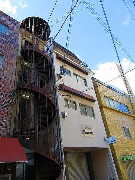 コンチェルト[4階]の外観