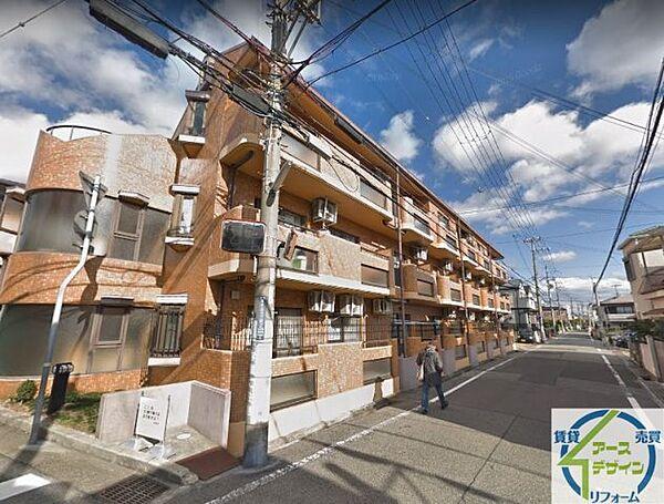 サンライフ松田[3階]の外観