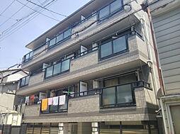ファミーユイシハラ[2階]の外観