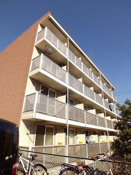 レオパレスメローフィールド K[4階]の外観