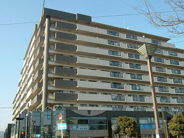 メディアス亀岡 I[8階]の外観