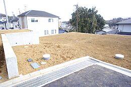 敷地面積は約38坪です。