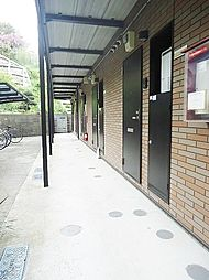 神奈川県横浜市磯子区磯子4丁目の賃貸アパートの外観