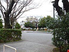 公園 南原公園まで1212m