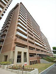 大阪府豊中市新千里北町2丁目の賃貸マンションの外観