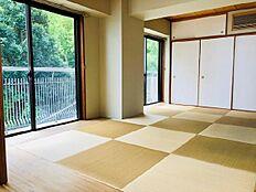 和室は約7.5帖の広さです。日本人の暮らしに欠かせない、和の趣き豊かな在り方も大切にしています。
