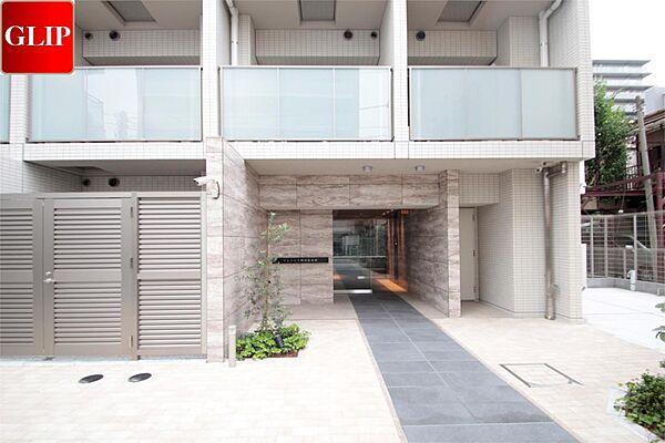 クレイシア横濱阪東橋[1階]の外観