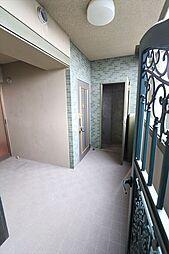 アルコーブ部分、トランクルームあり(2018年4月23日撮影)