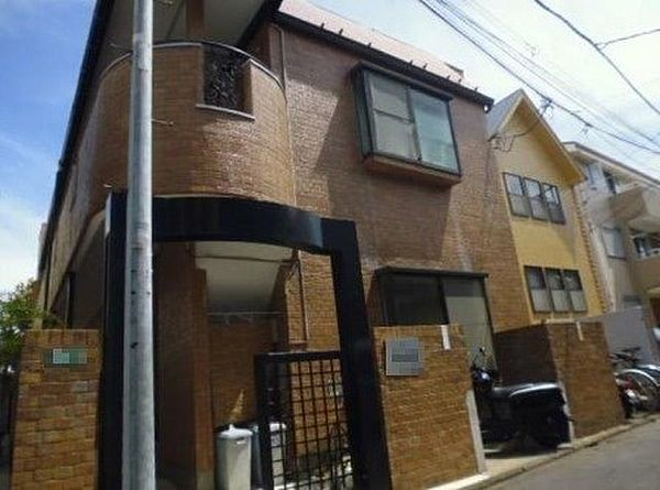 東京都目黒区目黒本町4丁目の賃貸アパートの外観