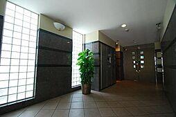 フローラル泉[6階]の外観