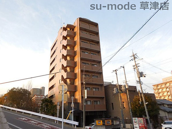 ファイネスコート草津[7階]の外観