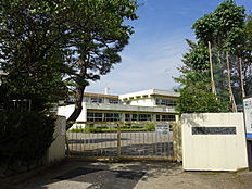 青梅第五小学校 徒歩 約8分(約608m)