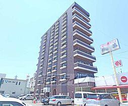 京都府京都市南区上鳥羽南花名町の賃貸マンションの外観