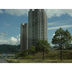 広島県広島市安佐南区大塚西3丁目の賃貸マンションの外観