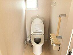 1階と2階にあるトイレです