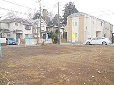 閑静な住宅街、建築条件無し売地 全2区画。一括での購入も可能です。