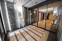 クリスタルグランツ北堀江[3階]の外観