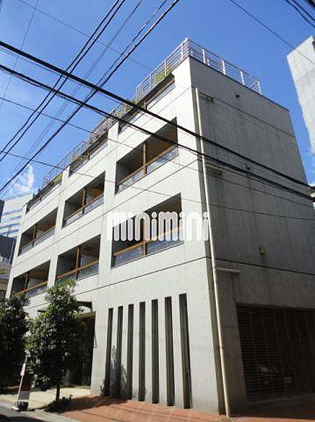 Y・S・N COURT[3階]の外観