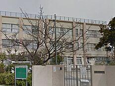 中学校青井中学校まで1157m