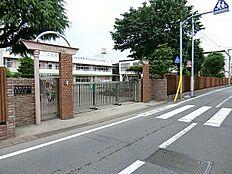 玉成幼稚園まで徒歩4分(320m)