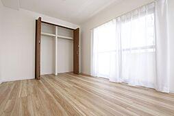 全居室収納付で収納スペース充実しています