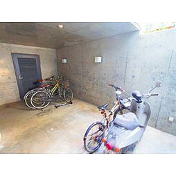 静岡県静岡市清水区草薙杉道1丁目の賃貸マンションの外観