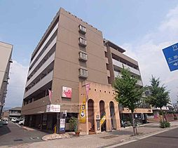 京都府京都市右京区山ノ内苗町の賃貸マンションの外観