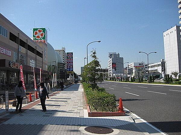 ライフ春日野道店まで593m