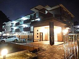 グランデュールシャトーB[2階]の外観