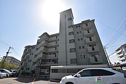 福岡県福岡市早良区小田部7丁目の賃貸マンションの外観