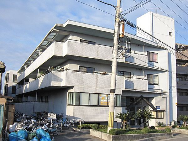 京都府久世郡久御山町大橋辺の賃貸マンションの外観