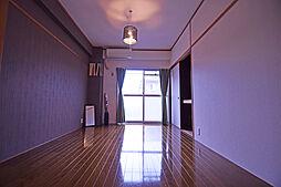 八尋ビル[3階]の外観